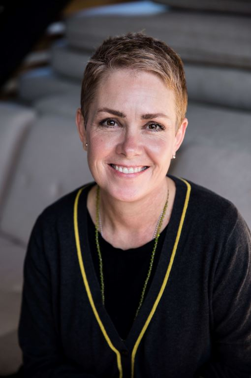 Julie Bio Pic